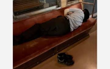 """静岡・岳南電車が終電後の電車に泊まる""""ナイトステイホーム""""を開催…電車シートの寝心地を聞いた 画像"""