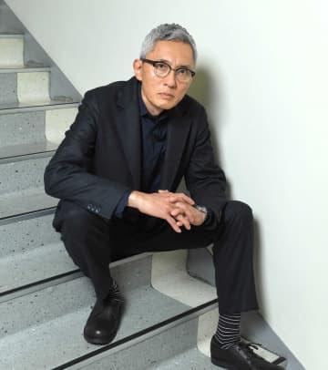 松重豊  蜷川さんに後押しされた小説家デビュー  夢枕で「劇場ないなら考えろ」
