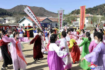 災い転じて福!朝鮮で被害地域の住宅建設急ピッチで進む 各地で入居の集い