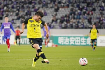 Soccer: FC Tokyo's Asian chances take hit in loss to Reysol
