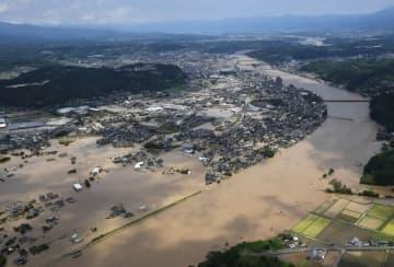 豪雨で土砂100万立方メートル堆積 来年梅雨までの撤去目指す 熊本県