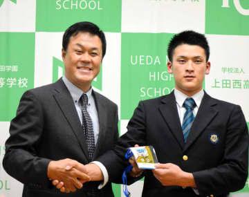 阪神ドラ7高寺 聖地でのプレー熱望「早く甲子園で」走攻守そろった指名唯一の高校生