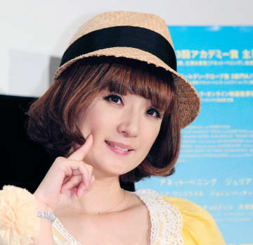 千秋、娘が阪神・上本退団報道で号泣「どんだけなぐさめても泣いてたけど…」