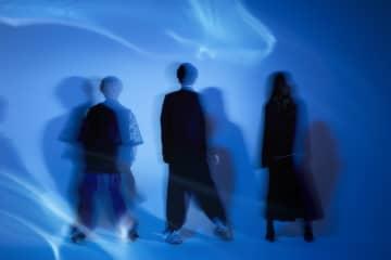 あれくんが、夜韻-Yoin-で待望のメジャーミニアルバム「青く冷たく」をリリース