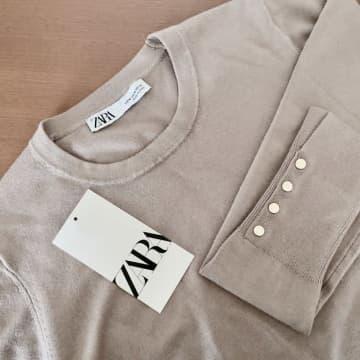 """色違いもほしい〜!ZARAの""""3990円セーター""""がシンプルなのに高見えする!"""