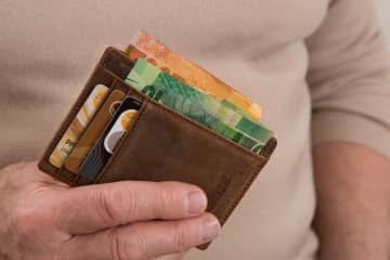 How To Use Credit Cards Safely When Placing Bets