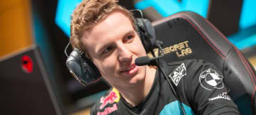 Cloud9 ships Licorice, Palafox, and Diamond to FlyQuest