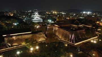 石垣、櫓…闇に浮かぶ熊本城 20日から地震後初の夜間公開