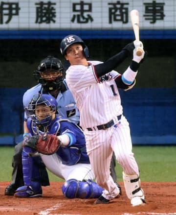 ヤクルト・山田哲が残留 球界最長タイ7年35億 FA権行使せず生涯スワローズ