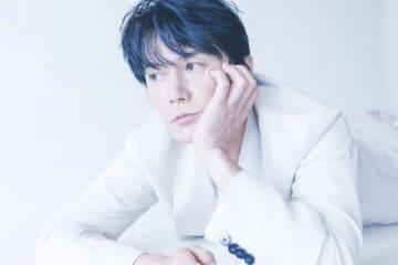 福山雅治、ニューアルバム『AKIRA』収録の未発表2曲のタイトル&曲順を発表!