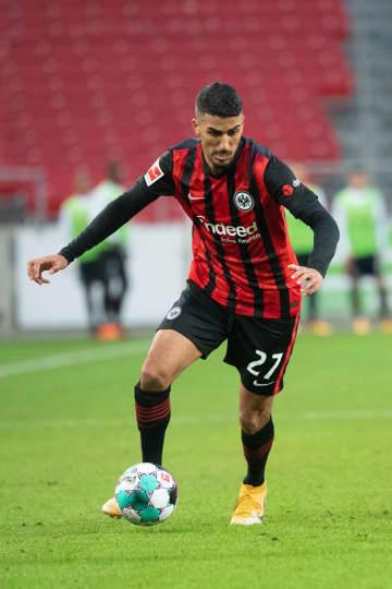 Frankfurt midfielder Barkok tests positive for coronavirus