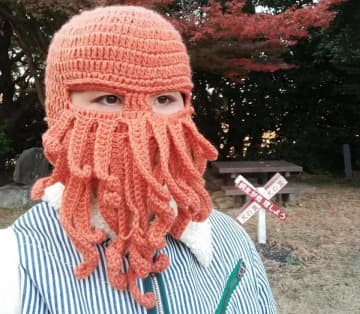 「誰も近づかないから一番安全!」 ウイルス対策に最適だと話題のマスクがこちら