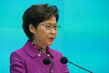 香港行政長官が施政方針演説、「政治システムの回復」が優先事項