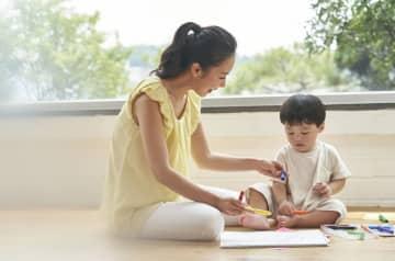 コロナ休園での育児対応は約8割が女性…家事への男性参加は?働く人の反応と専門家の提案