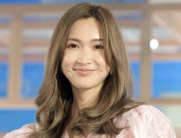 紗栄子 生美脚輝くミニワンピ&ブーツ姿 「可愛すぎる」の声相次ぐ