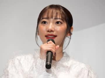 武田玲奈、誰とも会わずに撮影した主演作『真・鮫島事件』に自信 「新しいタイプのホラー」