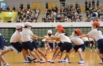 心一つに競技や踊り 豪雨被災の小学校で運動会 熊本県芦北町
