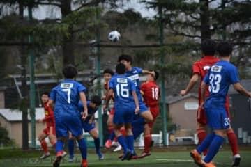 流経大柏、市立船橋にリベンジ達成!横浜FCユースは完封勝ちで暫定首位浮上