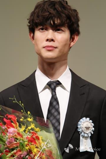 宮沢氷魚「いつかは海外に」、最優秀新進男優賞を受賞