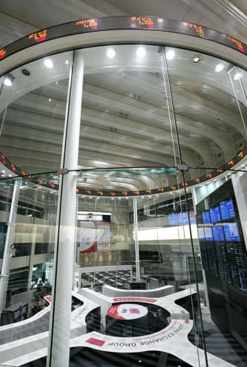 FOCUS: Tokyo bourse outage exposes need for investment in human resources