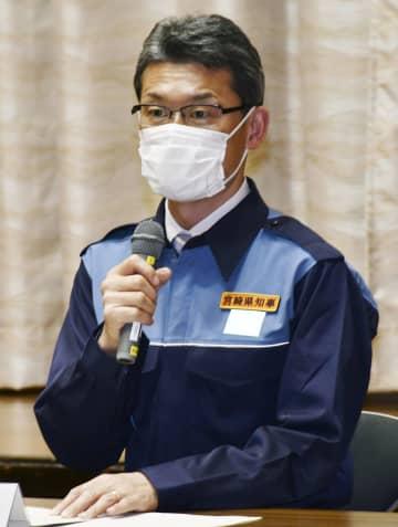 対策本部会議で発言する宮崎県の河野俊嗣知事=30日夜、宮崎県庁