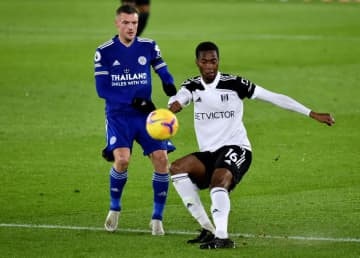 Fulham edge Leicester 2-1 to escape relegation zone; West Ham go fifth