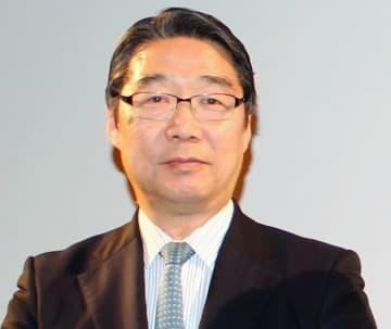 前川喜平氏、戦闘機に乗った菅首相らに指摘「やめた方がいい。背広は文民統制の象徴」