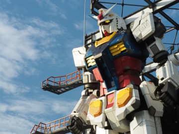 18mの実物大ガンダムが動いた! 「GUNDAM FACTORY YOKOHAMA」レポート - 5GでVR×ガンダムの体験も