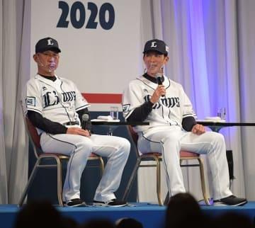 西武辻監督、残留増田とがっちり握手「ジャイアンツのユニホーム似合わない」