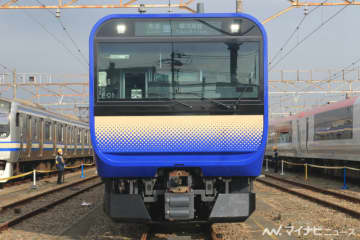JR東日本「E235系1000番台」公開、グリーン車に高級感 - 写真98枚