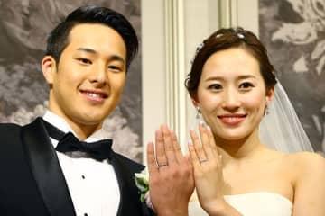 瀬戸大也 ひっそり自宅戻っていた…妻は指輪外し笑顔も見せず 画像