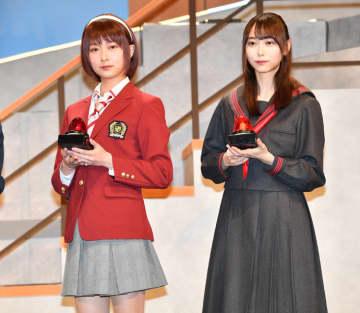 「乃木坂46」鈴木絢音と弓木奈於が舞台共演 ガチクイズで火花