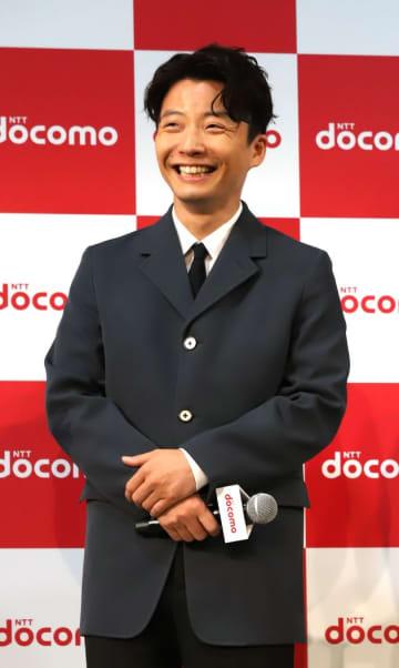 星野源さんの「うちで踊ろう(大晦日)」、紅白出演の動画公開。新たに歌詞を加え、初披露
