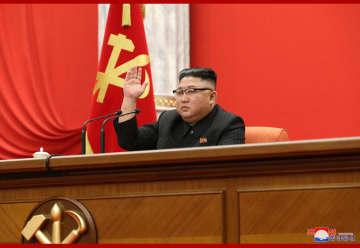 金正恩氏にベトナム、ラオス元首が祝電と花かご…総書記推戴で