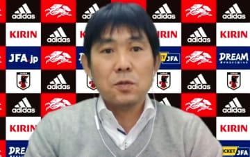 オンラインで取材に応じたサッカー日本代表の森保監督=13日