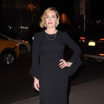 Kate Winslet 'felt good' stripping on screen