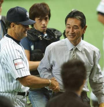 2004年 阪神がヤンキースを袋叩きにし〝世界一〟 グラウンド内外で巨人にも「完勝」