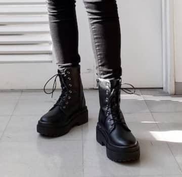 大人っぽい雰囲気がいい!GUの「3990円ブーツ」お洒落なデザインで歩きやすい