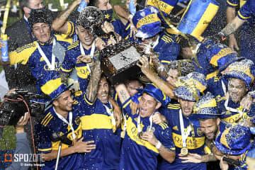 天国のレジェンドに捧げる勝利…ボカ、PK戦の末バンフィエルド下しマラドーナ杯制覇!