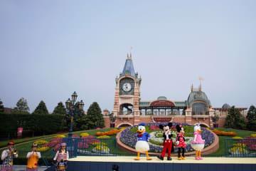 上海ディズニー、ウイグル族の利用拒否巡り旅行予約サイトを調査