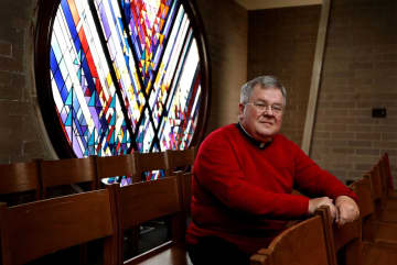 Mary Schmich: A Catholic pastor speaks out about Trump. Some parishioners walk out