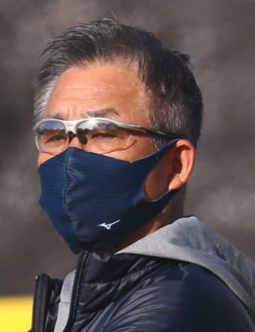 西武辻監督、2000本目前の栗山は「休ませながら」 起用プランの裏事情