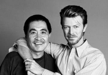 《京都》 「時間~TIME BOWIE×KYOTO×SUKITA 鋤田正義写真展」が美術館「えき」KYOTO デヴィッド・ボウイと鋤田正義。二人の時空を超えた旅が京都ではじまる・・・。