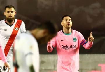 サッカー=復帰のメッシ得点、バルセロナが勝利 スペイン国王杯