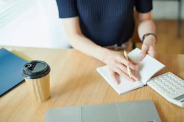 文具のプロが考えた! スマホ時代に「小さい手帳」が女性を中心に愛される理由