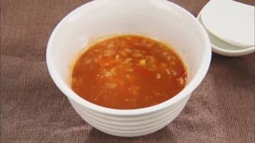 トマトスープにカニカマなど…簡単で手軽に作れる「レトルトおかゆ」を日常食に 画像