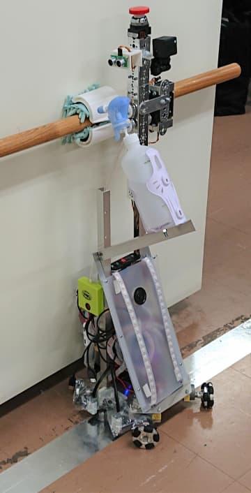 手すりを除菌するロボット「Handrail 拭き取れーる」