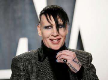 米ロサンゼルス郡保安官事務所は19日、米ロック歌手マリリン・マンソン氏に対して申し立てられているドメスティックバイオレンス(DV)の容疑を巡り、当局が捜査していると発表した。2020年2月米ロサンゼル