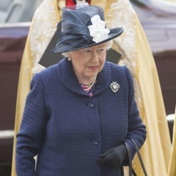 エリザベス女王、ヘンリー王子夫妻の公務の引継ぎをすでに決定!?