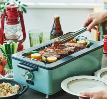 「びっくりするほど煙が出ない」焼き肉ロースターが登場 おうちで焼き鳥、鉄板焼きも楽しめる